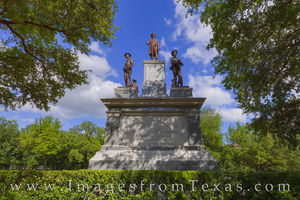 Confederate Soldiers Monument 1
