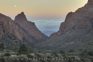 Moonset over the Window at Big Bend 1