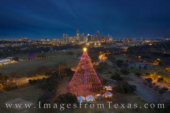 Zilker Christmas Tree, Zilker Park, Christmas, Tree, Trail of Lights, December, Austin skyline, Austin texas, downtown austin holiday, jenga tower, frost tower, austonian, barton springs, night