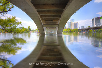 lady bird lake,austin texas,austin images,austin water sports,austin life,austin skyline