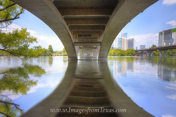 lady bird lake,austin texas,austin images,austin water sports,austin life,austin skyline