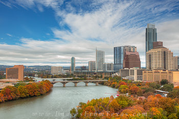 Autumn colors in texas,austin colors in austin,austin texas skyline,autumn in austin,austin texas images