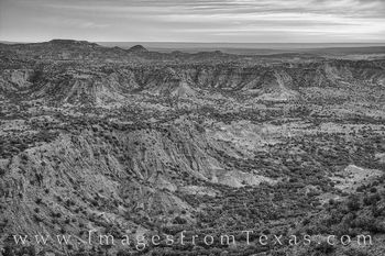 Caprock Morning Black and white from Haynes Ridge 1