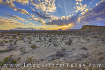 big bend national park, chisos mountains, chihuahuan desert, tornillo flats, big bend prints, sunset, light rays, west texas, texas national parks