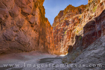 closed canyon, slot canyon, texas slot canyon, big bend ranch, hiking texas, west texas, canyons