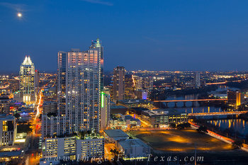 downtown austin texas,austin cityscape,frost bank tower,360 condos images