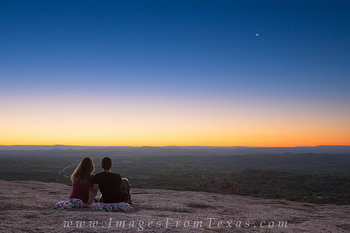 texas hill country,enchanted rock,hill country photos,texas landscapes,texas sunrise