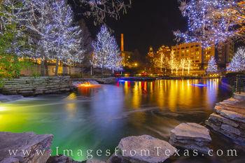 Pearl District, holiday lights, christmas, lights, holiday, san antonio river, rio taxi, december, san antonio
