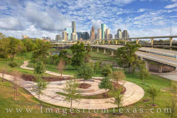 Houston from Hogg Park 328-1