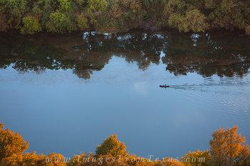 austin images,lady bird lake,austin texas,austin tx,canoer,zilker park,solitude