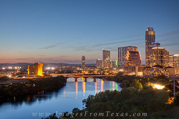 austin skyline pictures,lady bird lake photos,austonian,congress bridge,austin texas in the evening