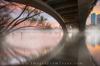 lady bird lake,zilker park,lamar bridge,austin bridges,austin skyline