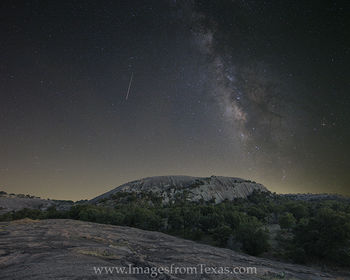 milky way,texas hill country,enchanted rock,enchanted rock images,enchanted rock prints,enchanted rock state park,hill country prints,texas at night,texas landscapes,milky way images