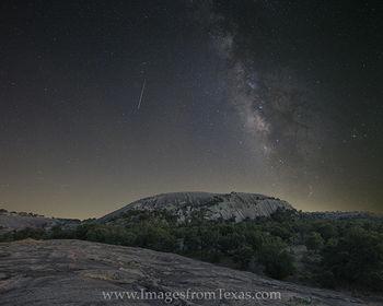 Milky Way over Enchanted Rock 915 3