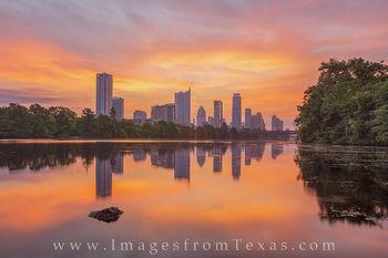 austin texas, austin skyline, downtown austin, austin photos, austin skyline pictures, lady bird lake, zilker park, lou neff point