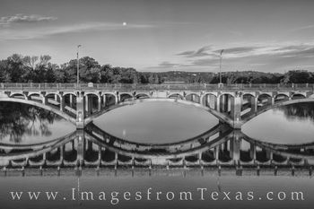 lamar bridge, austin texas, austin images, ladybird lake, full moon, november, autumn, reflection, morning, austin bridges, bridges, black and white