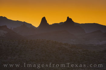 mule ears, sunrise, chisos mountains, big bend national park, texas parks, big bend, orange, glow