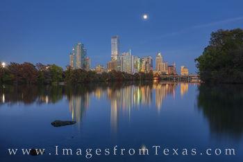 November Austin Skyline from Lou Neff 1120-1