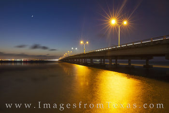 isabella causeway, south padre island, port isabel, evening, crescent moon, moon, south texas, laguna madre, bridge