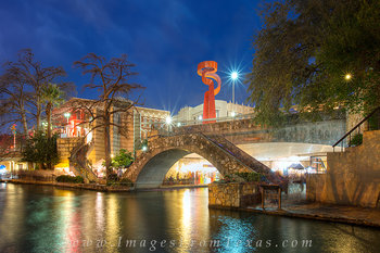 san antonio,riverwalk,torch of friendship