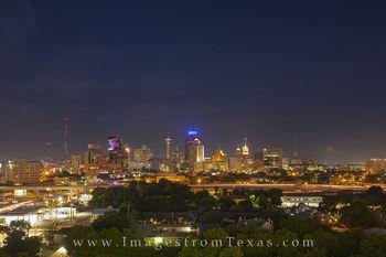 san antonio skyline, san antonio photos, san antonio cityscape, downtown san antonio, san antonio images, san antonio at night, nighttime in San Antonio
