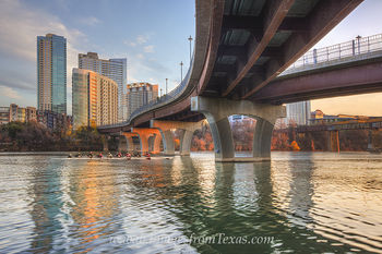 austin skyline,lady bird lake,zilker park,pfluger bridge,pfluger pedestrian bridge,austin sunrise,austin images,austin photos