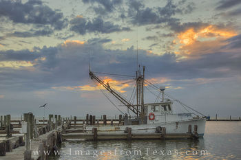 rockport-fulton harbor, rockport texas, texas coast, shrimp boats, texas shrimpers, texas shrimp boats