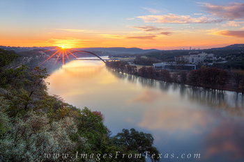 Sunrise at the 360 Bridge in December 4