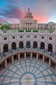 Sunrise at the State Capitol in Austin 1