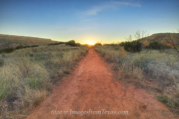 palo duro canyon,texas sunrise,sunrise,palo duro hiking trail,palo duro photo,palo duro print,texas landscapes