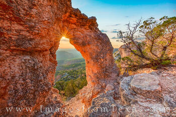 arch, palo duro canyon, palo duro prints, east rim, rock garden trail, sunset, sunburst, fall
