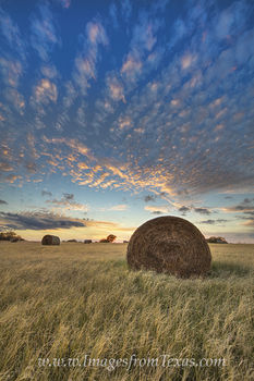 texas sunset,texas hay,hay bales,texas ranch images,texas landscapes,texas sunset images,texas photos,texas prints