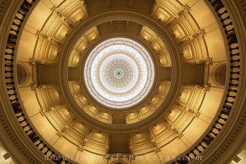 Texas Capitol - Looking up at Texas