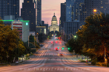 texas state captiol photos,austin skyline photos,austin texas,congress avenue austin,austin texas images