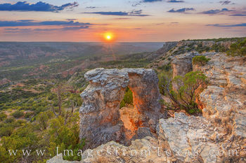 palo duro canyon, arch, sunset, hiking, eastern rim, scrambling, alter, state park, solitude