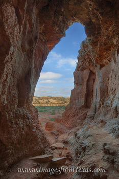 palo duro canyon,palo duro canyon state park,the big cave,the big cave at palo duro,texas images,texas caves