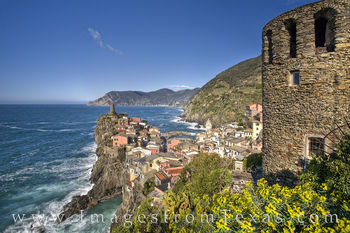 vernazza, cinque terre, italy, coast, italian riveria, ligurian sea, villages, sea, ocean, castle, 5 lands, travels