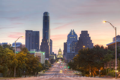 Texas State Capitol Images,Austin Texas,Congress Avenue,Austin skyline images,Austonian,Frost Tower