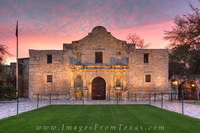 alamo,san antonio,spanish mission,texas history,san antonio prints,riverwalk images