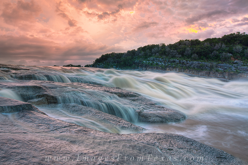 Flood on the Pedernales River 1 : Pedernales Falls State ...