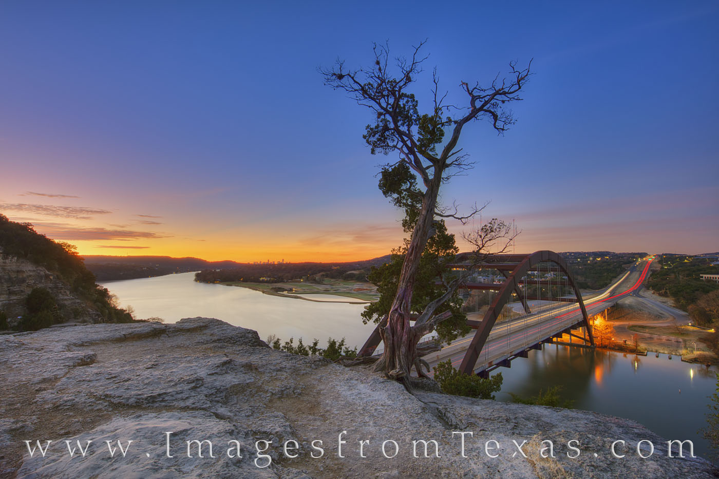 360 bridge, pennybacker bridge, colorado river, austin bridges, austin skyline, downtown austin, sunrise, morning, december, photo