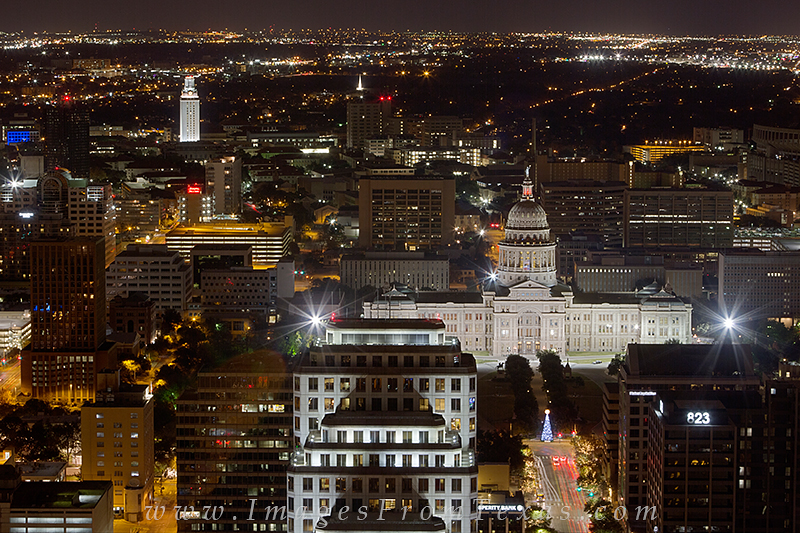 texas capitol,texas capitol christmas,view from the austonian,austin texas photos,austin tx,atx photos, photo