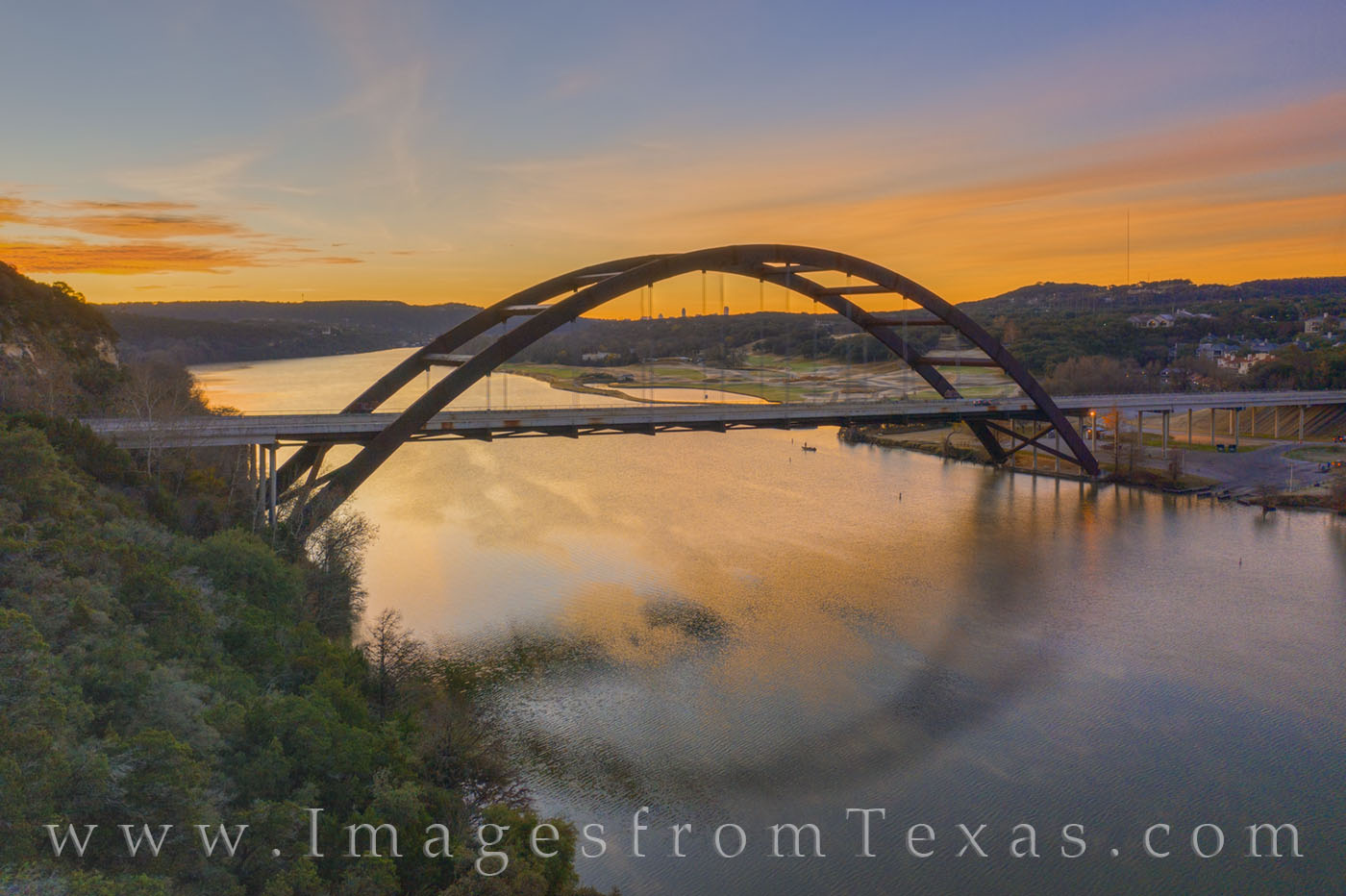 Pennybacker bridge, 360 bridge, austin bridge, austin icon, austin skyline, downtown, colorado river, sunrise, morning, december, winter, cold, photo