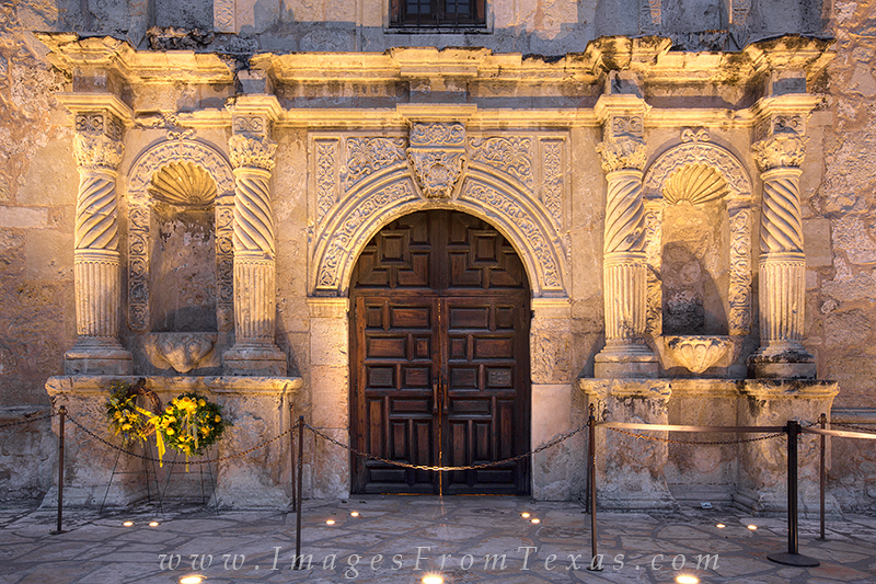 san antonio printsalamoalamo imagestexas historytexas monument photo & Alamo Front Door 1 : The Alamo : Images from Texas Pezcame.Com