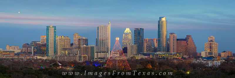 austin panorama,austin skyline pano,zilker park christmas tree,trail of lights photos, photo