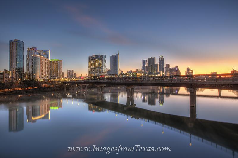 austin texas images,austin skyline,austin texas photos,austin bridge,downtown austin,pfluger bridge,lady bird lake,town lake,austin sunrise photos,austin sunrise, photo