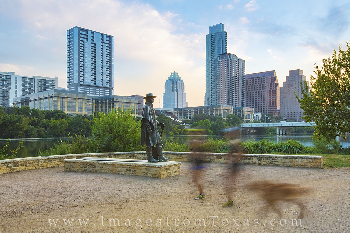 austin texas, austin sunrise, austin skyline, austin texas photos, SRV statue, Stevie Ray Vaughan Statue, photo