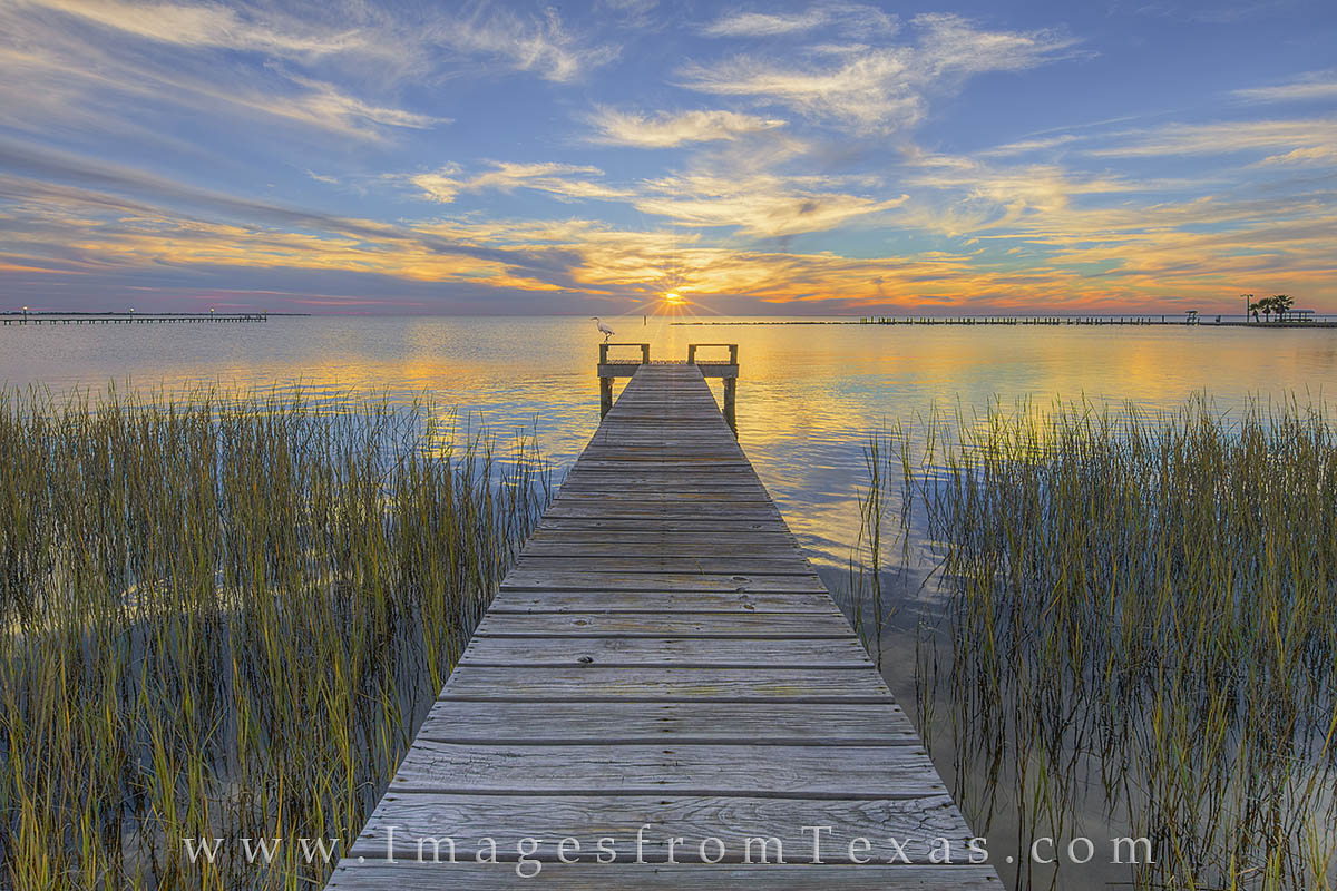 Rockport texas autumn sunset 1 with an egret rockport for Copano bay fishing