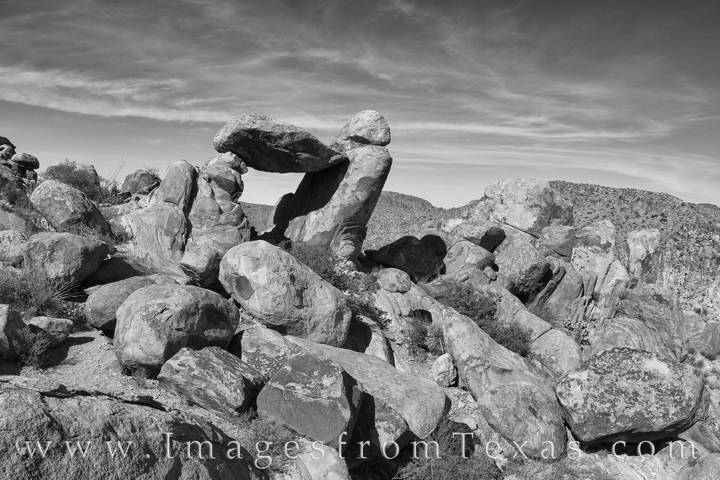 balanced rock, grapevine hills, big bend, big bend hikes, hiking, hiking big bend, big bend national park, easy hikes, rock formations, photo