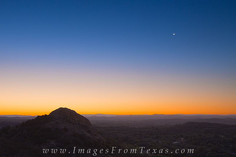 enchanted rock state park,enchanted rock,texas hill country,turkey peak,sunrise,texas landscapes, photo